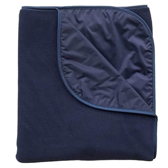 mambe-extreme-weather-100-percent-waterproof-windproof-outdoor-blanket_1